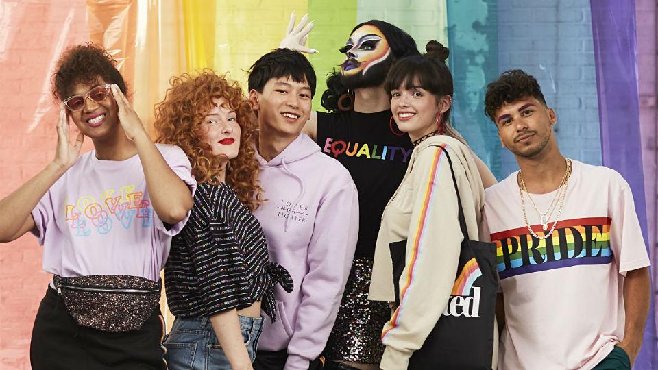 H&M-medewerkers in campagne Amsterdam Pride