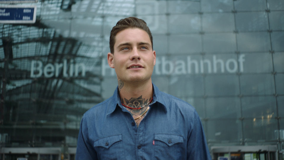 Douwe Bob in campagne NS International