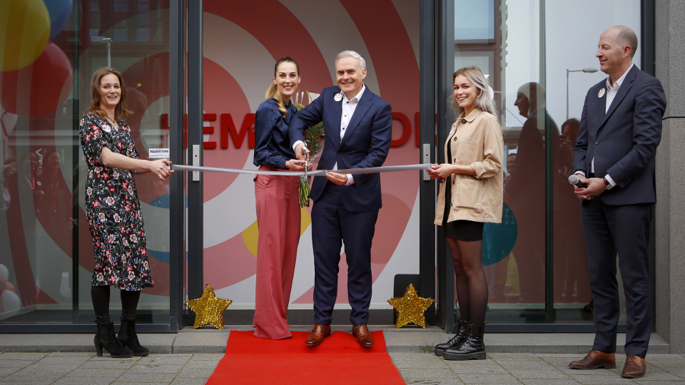 Hema lanceert in-house studio