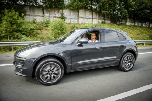 Porsche Macan Lease >> Porsche strikt Dafne Schippers   MarketingTribune Sponsoring