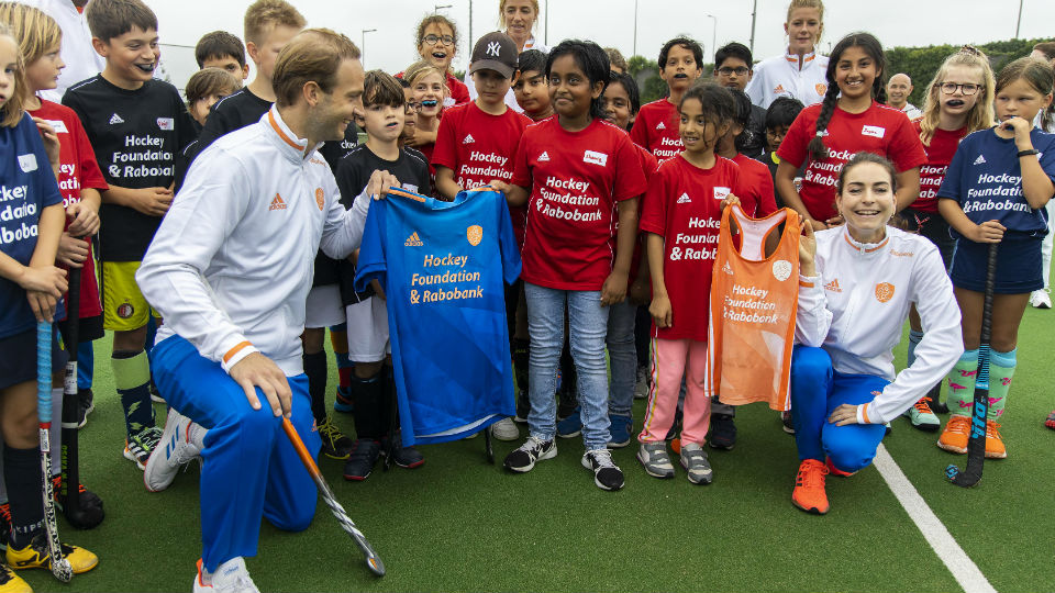 Rabobank en KNHB lanceren Hockey Foundation